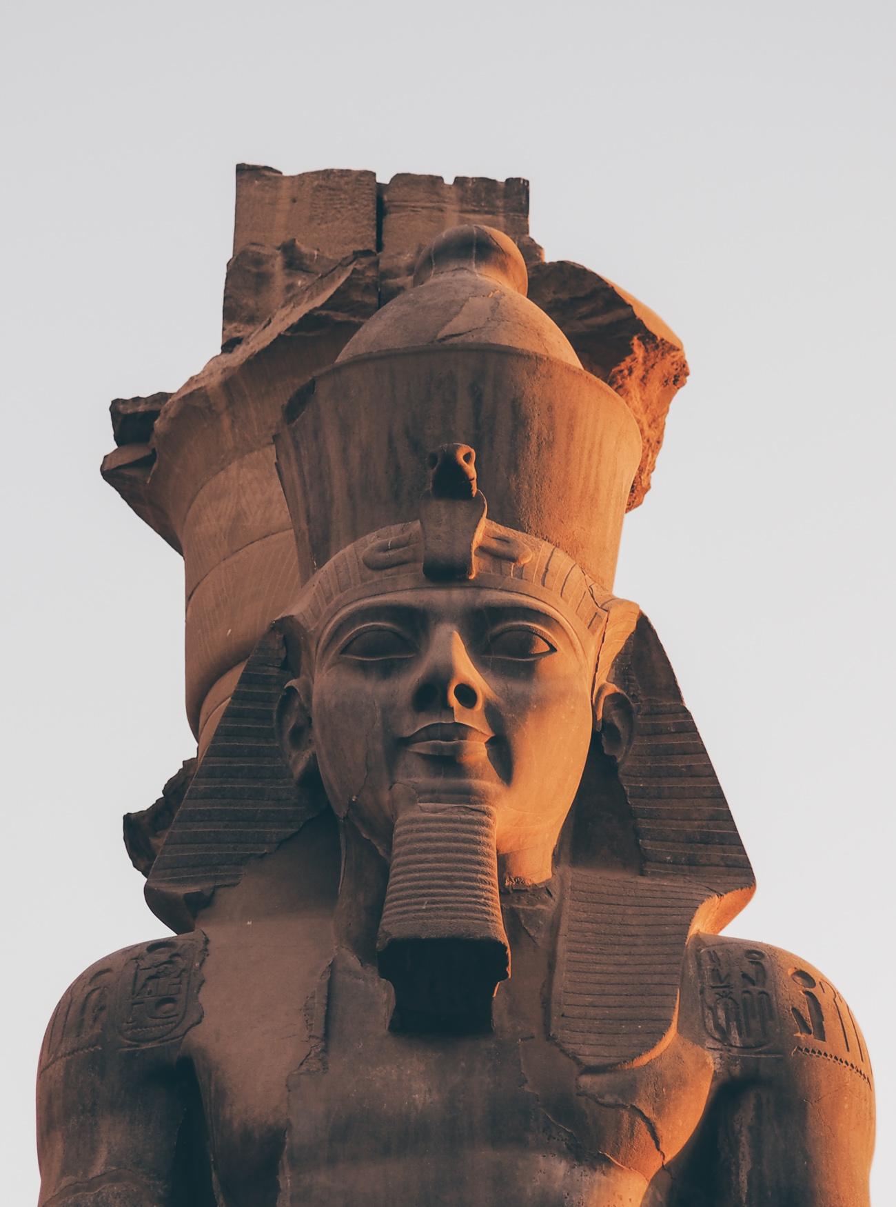 L'Égypte avec Voyageurs du Monde / Tippy.fr - Le colosse de Ramsès II au Temple de Louxor