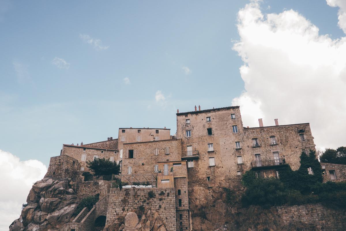 Road trip en Corse, Sartène / Tippy.fr