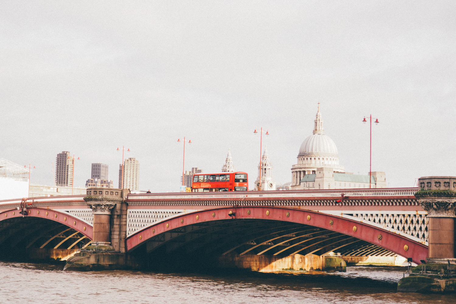 Blackfriars Bridge, London / Tippy.fr