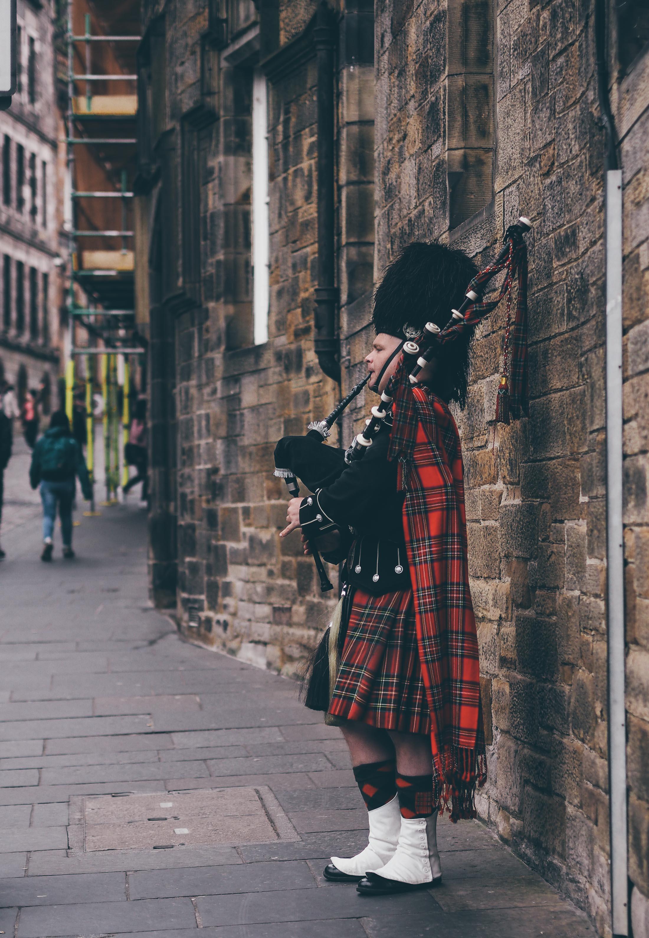 Redécouvrir Édimbourg en traversant les âges, Tippy.fr