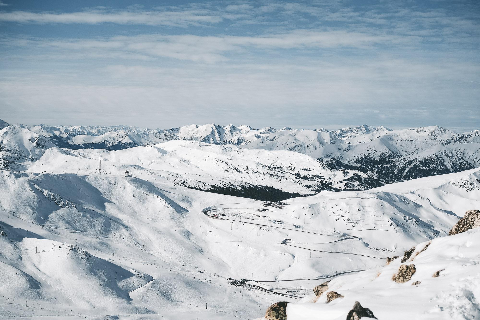 Au sommet du Pic de Pédrons, côté Andorre - Cap ou pas cap ? Une journée pour découvrir l'alpinisme dans les Pyrénées / Tippy.fr